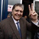 Muere el expresidente de Perú tras dispararse cuando iba a ser detenido