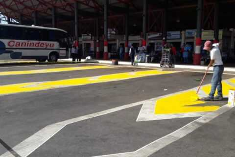 Municipalidad de Coronel Oviedo hermosea la terminal de ómnibus