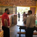 Intendente de Coronel Oviedo visitó a productores de tomate