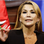 La senadora Jeanine Áñez asumió la presidencia provisional de Bolivia