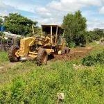Municipio ovetense realiza reparación de caminos vecinales