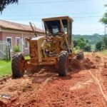 Municipalidad de Coronel Oviedo realiza reparación de caminos