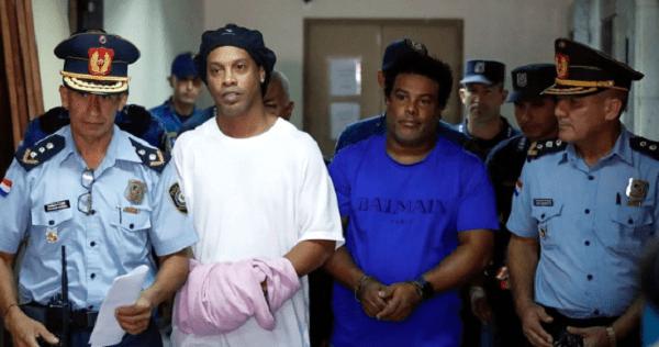 Otorgan prisión domiciliaria a Ronaldinho y su hermano
