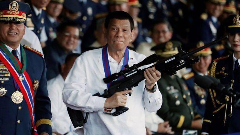 """Disparar a matar"" a quienes no cumplen cuarentena en Filipinas"