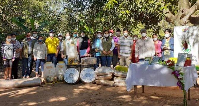 Productores de Paraguarí reciben insumos agrícolas por parte del MAG