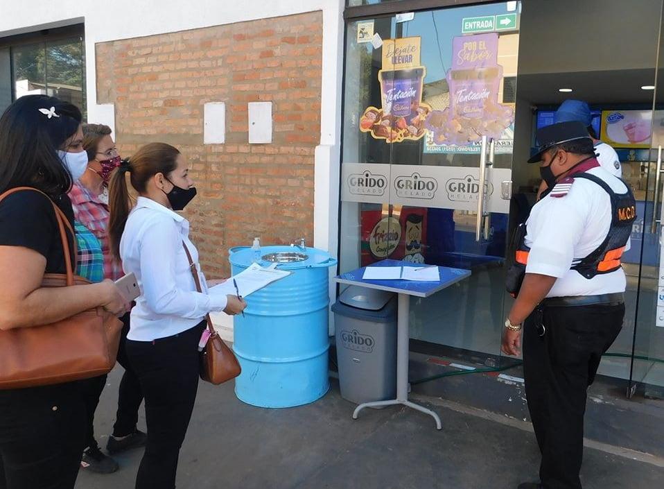 Intensivos controles sanitarios en comercios de Coronel Oviedo