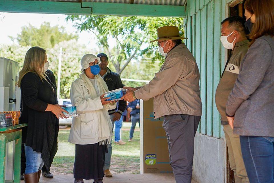 Gobernador realizó verificación de obras y entregó medicamentos en Carayaó