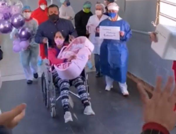 ¡Entre globos y mucha emoción! Paciente recuperada vuelve a casa con su bebé en brazos