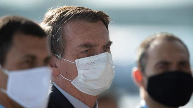 """""""La muerte es el destino de todo el mundo"""", afirmó  Bolsonaro tras el récord de fallecidos"""