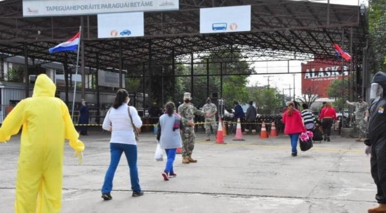 Más paraguayos dejan albergues y van de regreso a sus domicilios