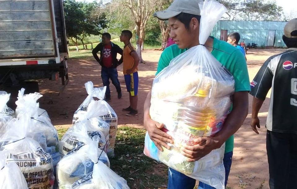 Entregan kits de alimentos en Yhú y R.I 3 Corrales