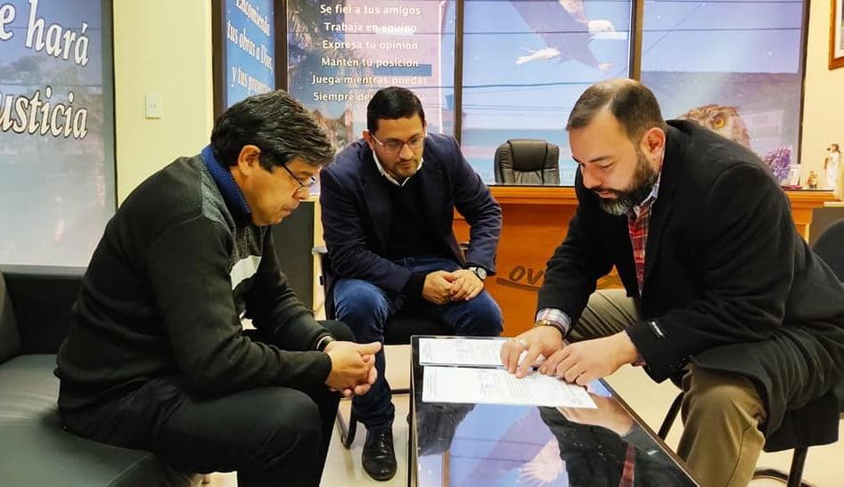 Municipalidad presenta proyecto para empedrar calle Moreira