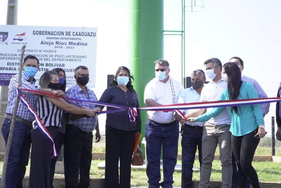 Gobernador Alejo Ríos inaugura obras en Simón Bolívar