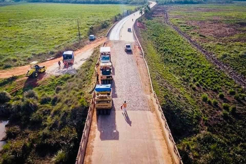 Avanza la construcción de asfaltado Caazapá-Boquerón
