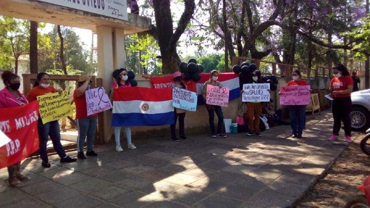 Coronel Oviedo: Mujeres exigen más presupuesto para enfrentar el cáncer