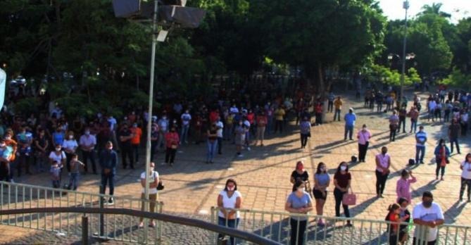 Católicos ya acuden a Caacupé y se producen peligrosas aglomeraciones
