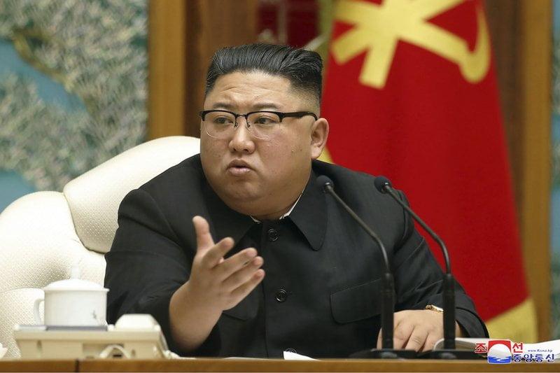 Kim Jong-un ejecutó a dos personas y cerró la capital por COVID-19