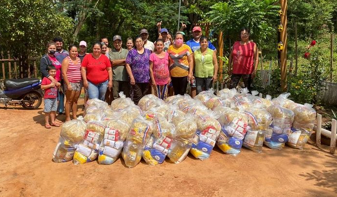 Coronel Oviedo: Familias reciben kits de alimentos