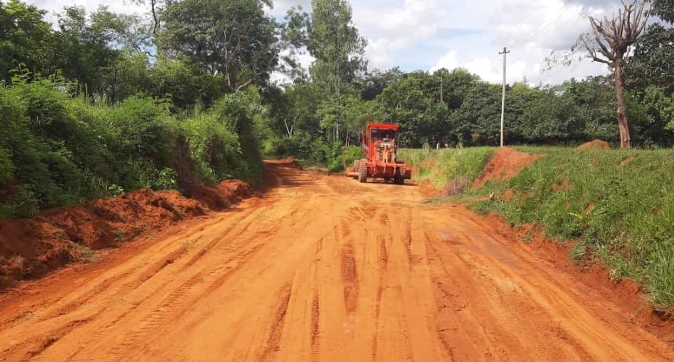 Guairá: Realizan mejoras de caminos en Itape Ñú